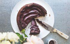 Flourless Chocolate Cassis Cake – Gluten Free