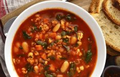 Italian Sausage, Spinach and Tomato Soup
