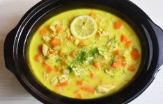 Slow Cooker Greek Lemon Chicken Soup