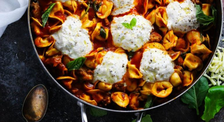 20-Minute Tortellini Skillet Lasagna