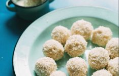 5 Ingredient White Chocolate Truffles