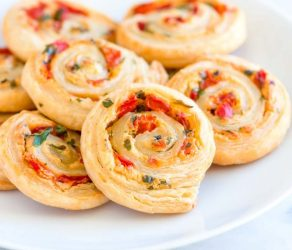 Cheesy Roasted Pepper Pinwheels