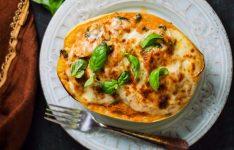 Cheesy Tuscan Spaghetti Squash