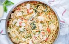 One Pan Tomato Basil Chicken Linguine