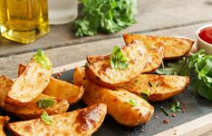 Paprika Potato Wedges