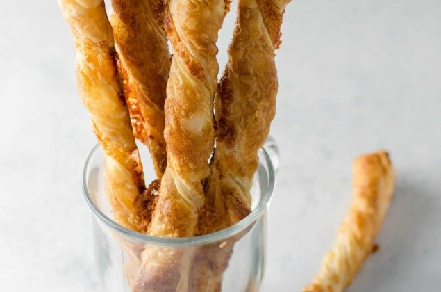 Puff Pastry Cheddar Straws