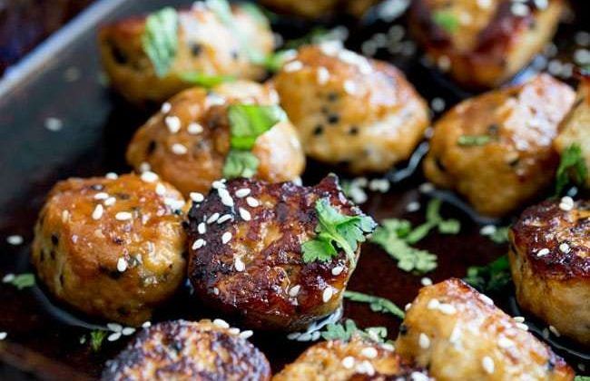 Tray Bake Sticky Sesame Chicken Meatballs