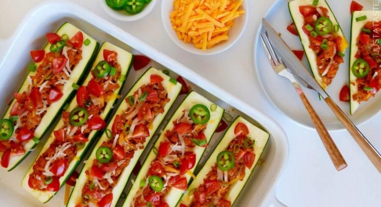 Healthy Taco Zucchini Boats