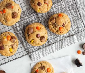 EXTREME PEANUT BUTTER CUP COOKIES