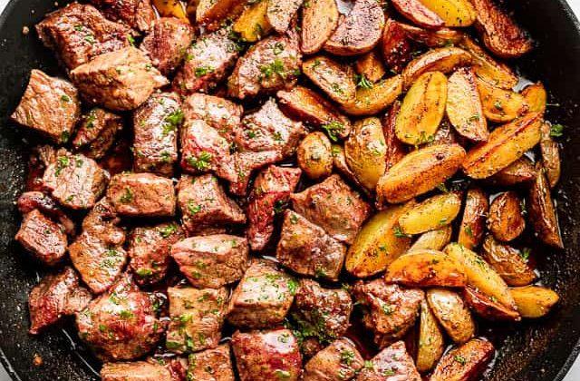 Juicy Skillet Steak Bites with Potatoes