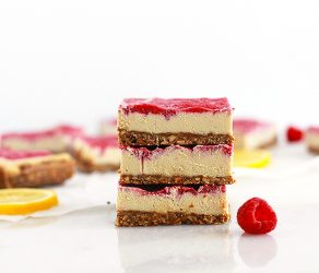 RAW LEMON RASPBERRY CHEESECAKE BARS