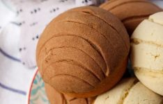 Conchas: Mexican Pan Dulce
